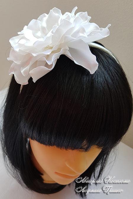 ободок с цветком для волос