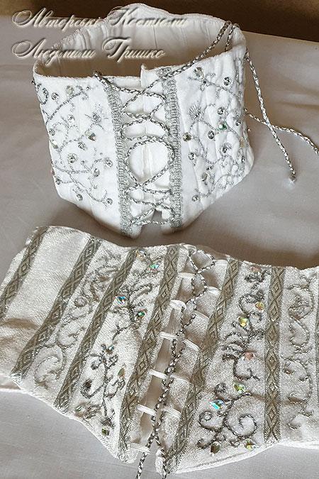 новогодние корсеты с ручной вышивкой